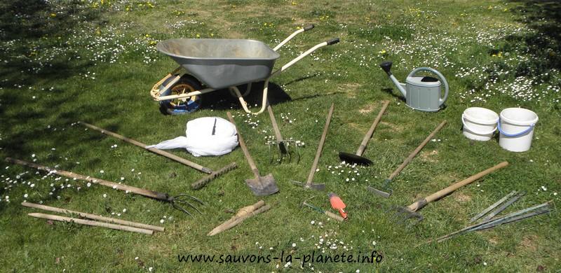 outils-de-jardinage